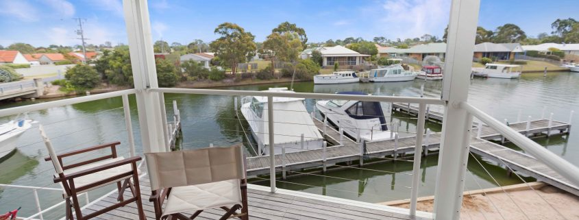 Beach 2 - Paynesville Holiday Accommodation