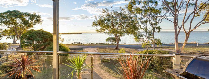 Jetty Views - Raymond Island Holiday Accommodation