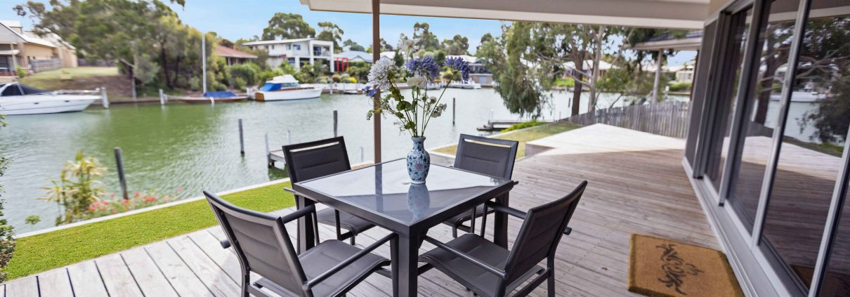 Pelican Brief - Paynesville Holiday Accommodation